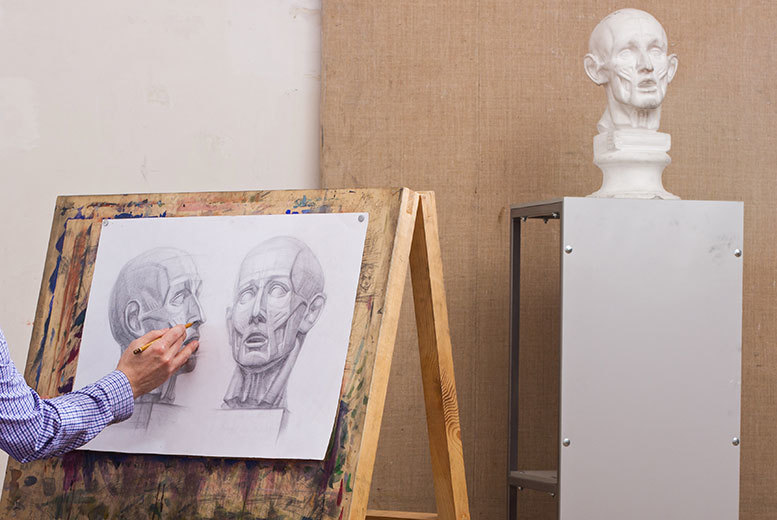 £24 instead of £60 for a three-hour sketching class at the V&A Museum, with Jonathan Ellis Art - save 60%