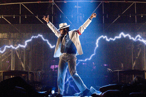 From £99pp (with OMGhotels.com) for a 4* London stay with breakfast and tickets to Thriller Live - save up to 43%