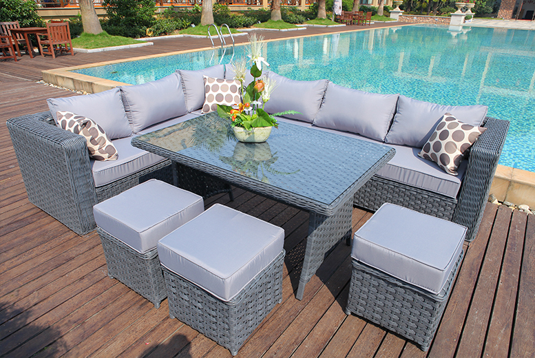 £549 instead of £975 for a nine-seater L-shaped rattan dining set - save 44%