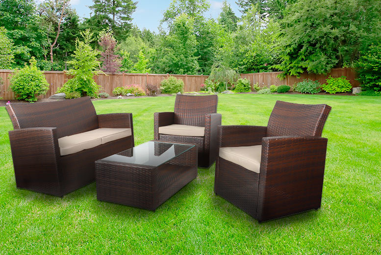 £329 instead of £979.01 (from XS-Stock) for a four-piece Tuscany rattan wicker sofa garden set with a coffee table - choose from three colours and save 66%