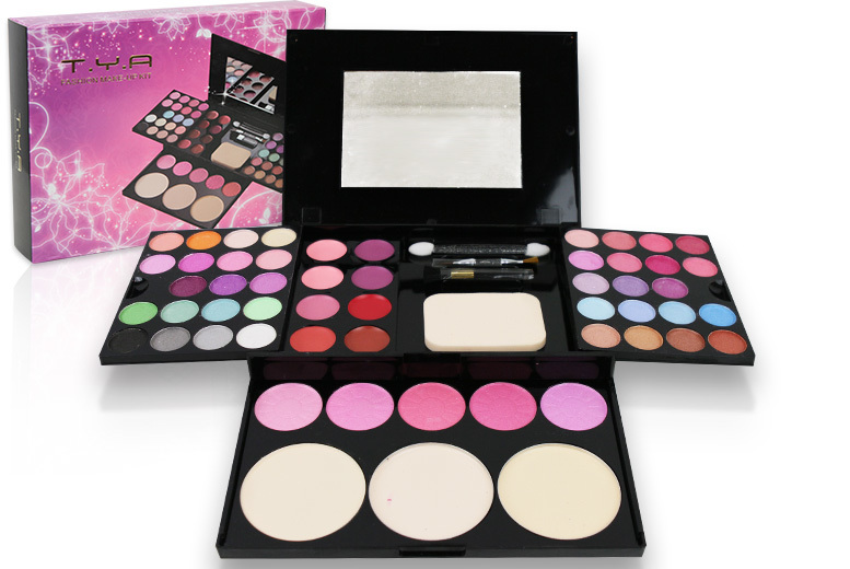 54 Shades Full Makeup Palette Set for £7.99