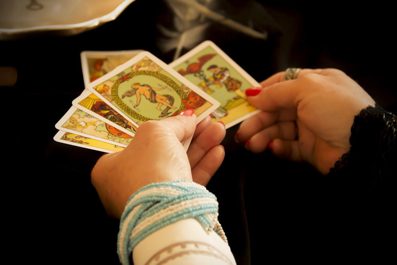 £4 instead of £20 for an email tarot reading, £9 for a phone tarot reading from Crystal Blue Therapies - save up to 80%
