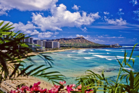 From £999pp (with Deluxe Breaks) for a seven-night Hawaii and Los Angeles break with return flights, from £1099pp for ten nights, or pay a £250 deposit - save up to 35%