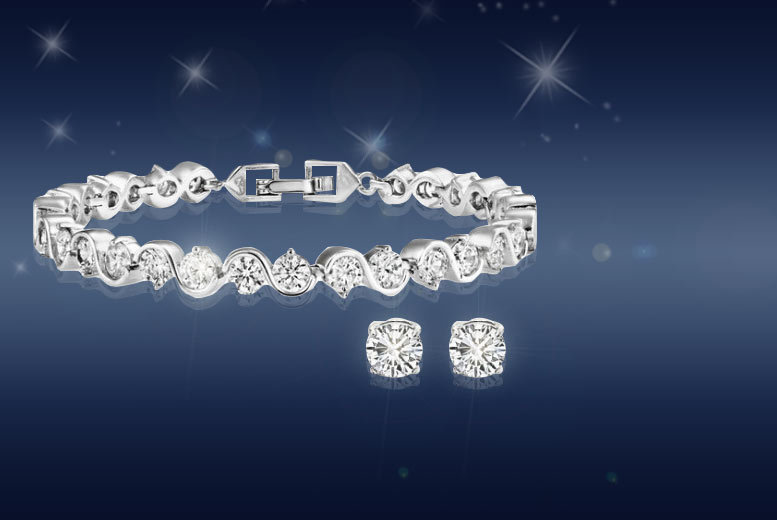 £9 instead of £99.99 (from Fakurma) for a twisted tennis bracelet and earrings set - save 91%