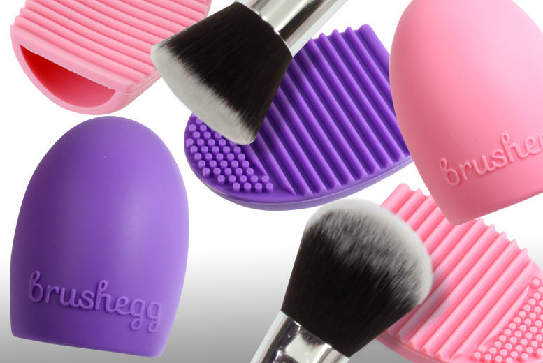Brushegg Makeup Brush Cleaner – 2 Colours! from £1.99