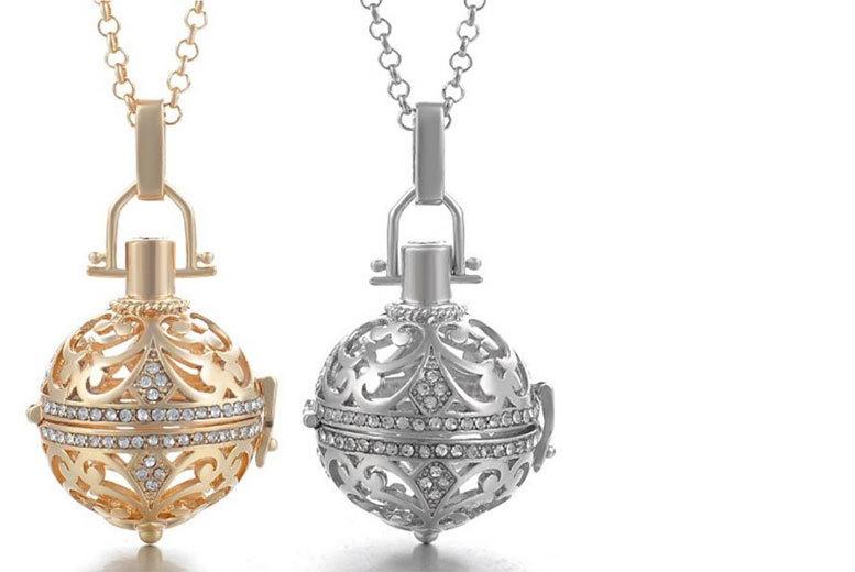 crystal soundball necklace