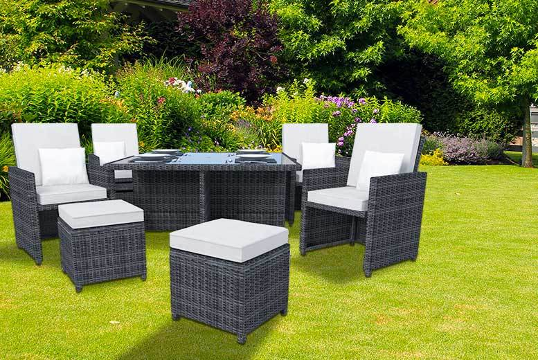 £429 instead of £1270 (from eRattan) for a Ledbury nine-piece rattan cube set in black or brown with white or beige covers - save 66%