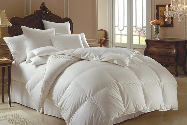 Hotel Quality 13.5 Tog Winter Warm Duck Feather & Down Duvet