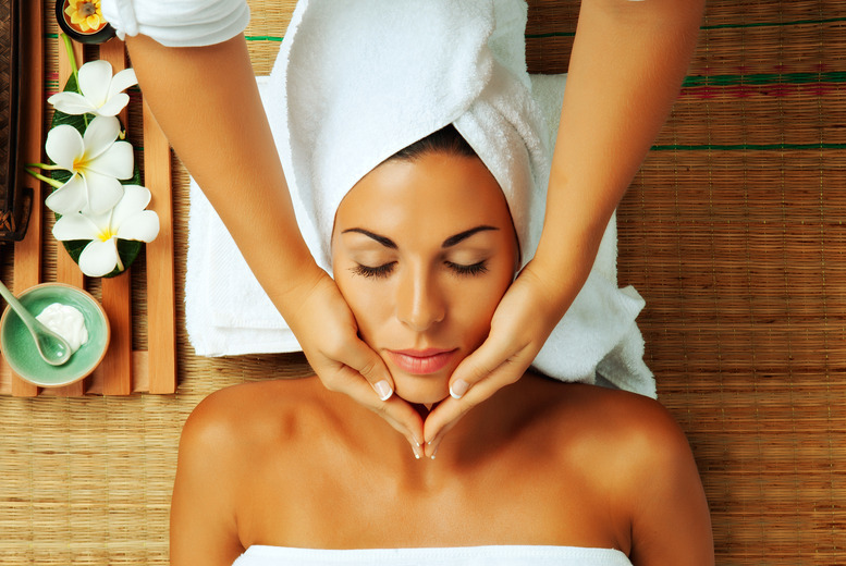 £19 for a 90-minute pick and mix pamper package at Glam & Go, Glasgow - pamper yourself silly!