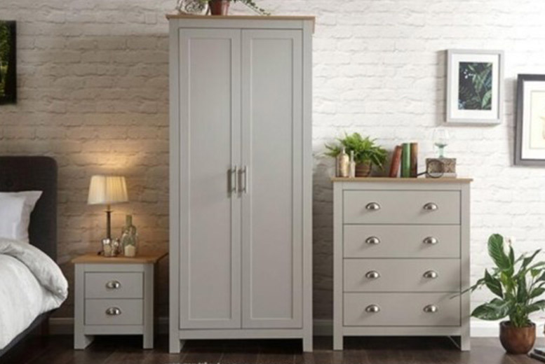 3pc or 4pc Bedroom Furniture Set – 2 Colours! from £269