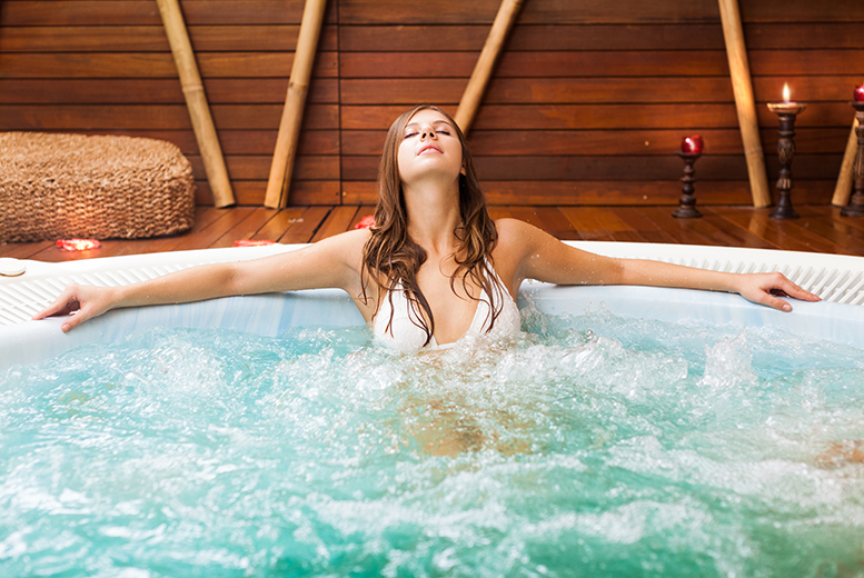 £19.95 instead of £43 for spa access, a thermal experience, robes and towel and lunch at The Club & Spa, Yatton - save 54%