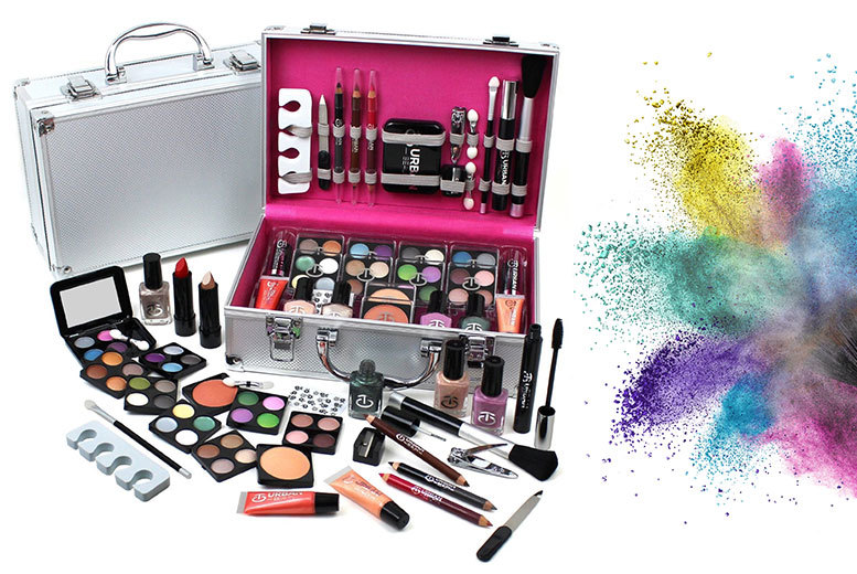 60pc urban beauty vanity case