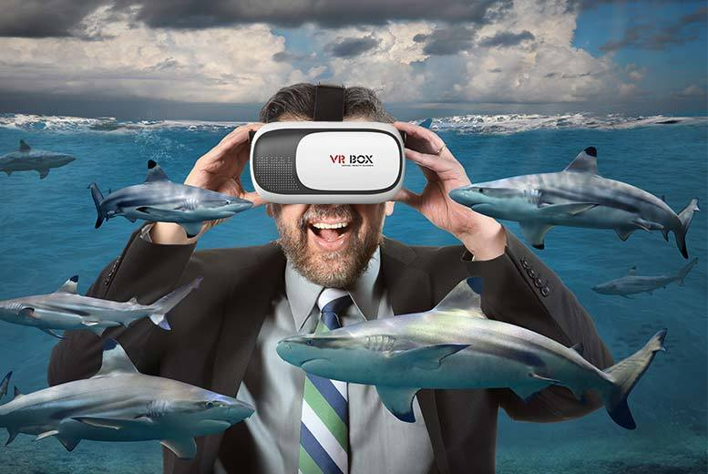 £12 instead of £79.99 for virtual reality headset compatible with iPhone/Android - save 85%