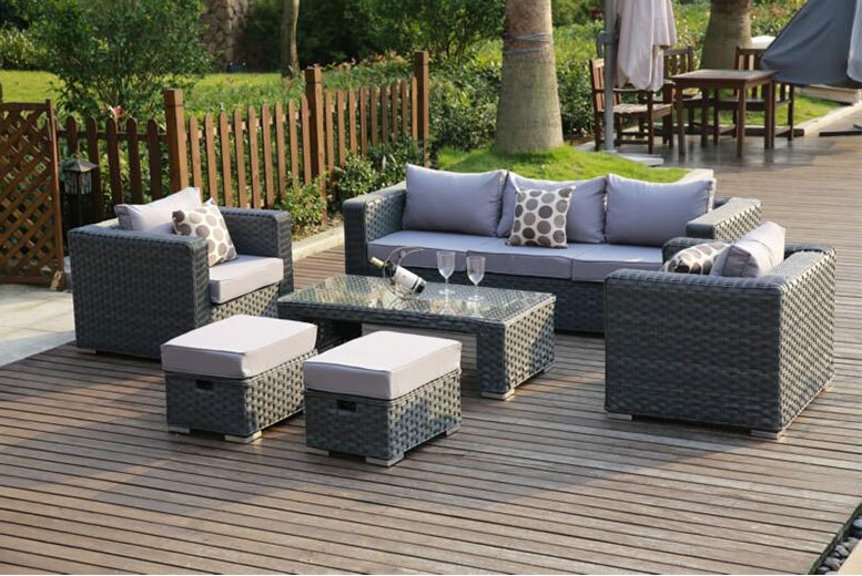 £489 instead of £975 (from Dreams Living) for a seven-seater rattan sofa set, in a choice of three colours - save 50%