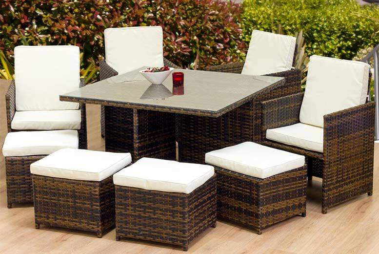 8 seater oseasons cube rattan garden furniture set for Garden furniture deals