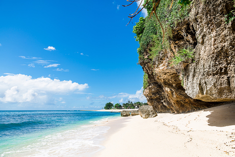 From £729pp (from Crystal Travel) for a 7-night Singapore and Bali escape including flights, from £789pp for a 10-night break