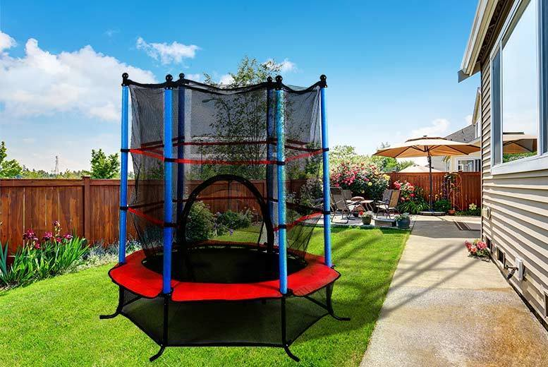 4.5ft Diameter Outdoor Trampoline – 2 Colours! for £44.00