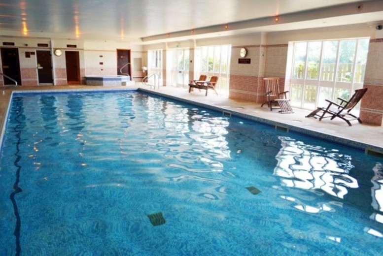 £89 (at Ramada Resort Grantham) for a two-night stay for two people including breakfast, a three-course dinner and leisure access - save up to 67%