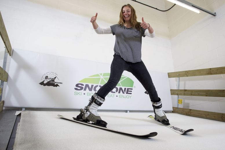 £21 for an Indoor Skiing or Snowboarding Lesson from Snozone