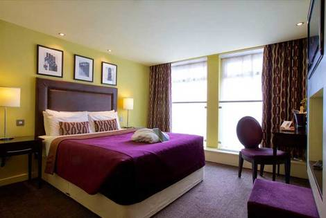 £99 (from Hallmark Hotels) for an overnight stay for two with dinner, breakfast, wine, chocolates and spa access, £179 for two nights - save up to 58%