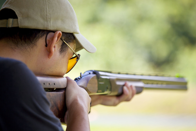 £44 for a clay pigeon shooting experience with 'unlimited' clays at one of nine UK locations from Buyagift!