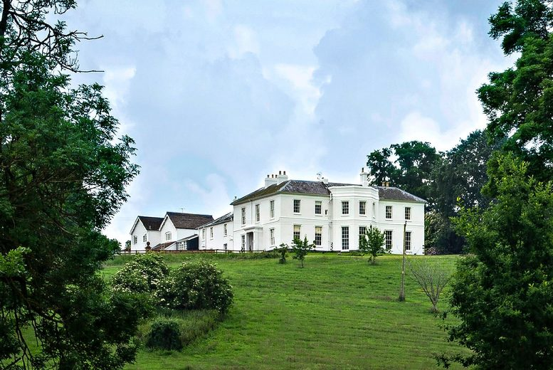 £99 for an overnight Herefordshire country house stay for two with breakfast and Champagne afternoon tea at Brooks Country House - save up to 34%