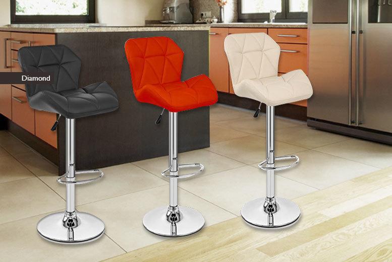2 luxury gas lift breakfast bar stools 2 designs 3 colours for Luxury breakfast bar stools
