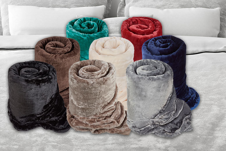 Soft-Touch Faux-Fur Blanket – 8 Colours! for £9.99