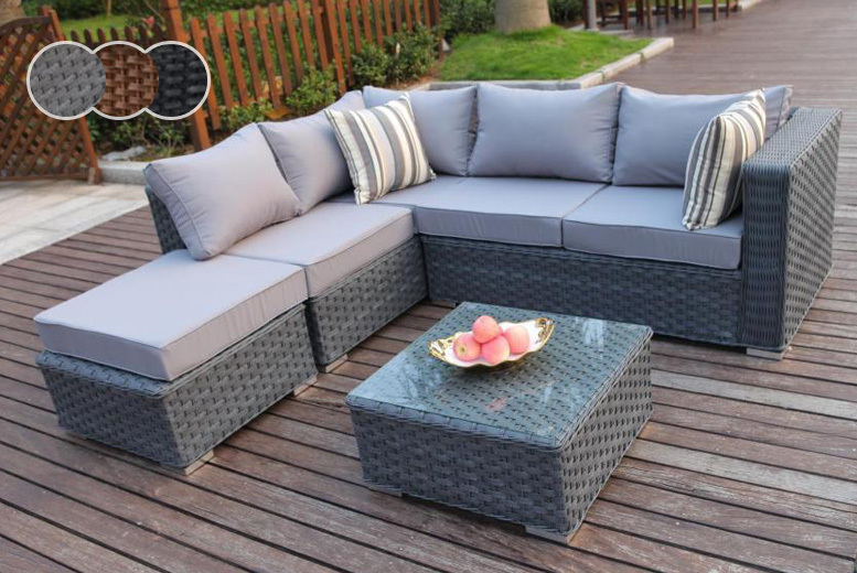 5-Seater Outdoor Rattan Corner Sofa & Coffee Table Set for £349.00