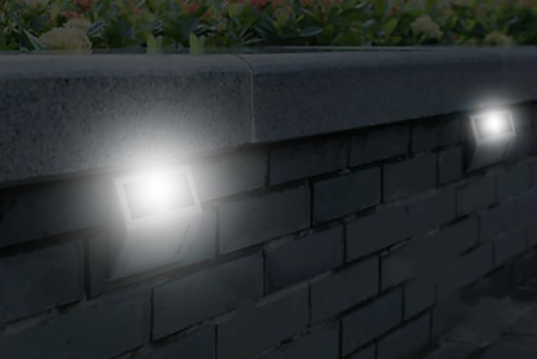 Gardman Solar Wall Lights : SaverCode Offer 2 Outdoor Solar-Powered Wall Lights from Living Social Discount Voucher ...