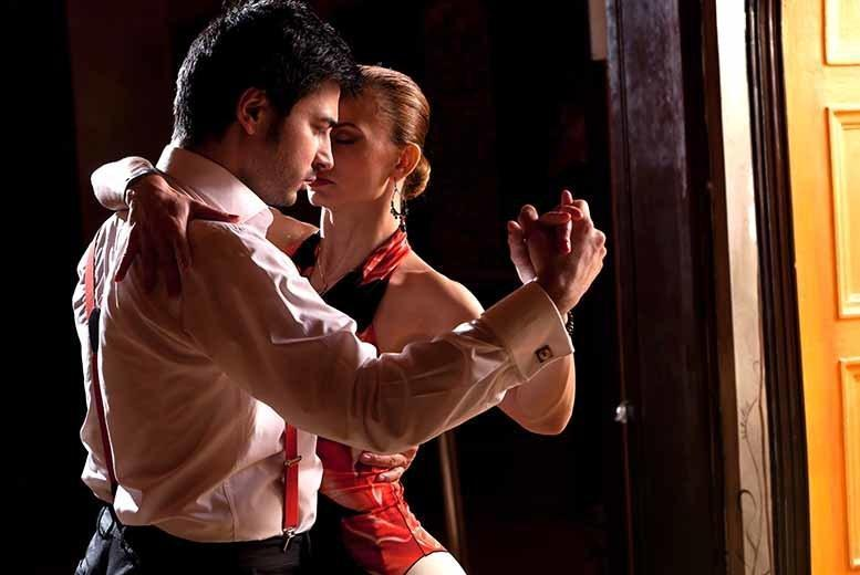 £9 instead of £64 for eight one-hour salsa lessons for two people at Havana Salsa - save a saucy 86%