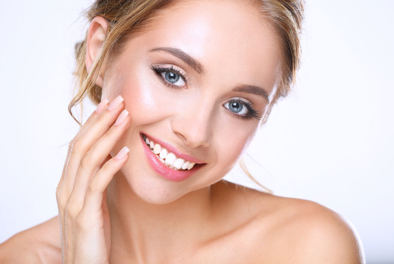 From £699 for a top or bottom arch clear brace including X-ray and dental exam or from £999 for one arch including whitening at All Saints Dental