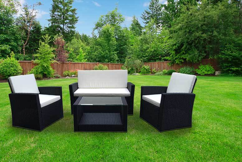 £199 instead of £799 (from Esenti) for a four-piece Roma rattan garden furniture set - choose from black and brown and save 75%