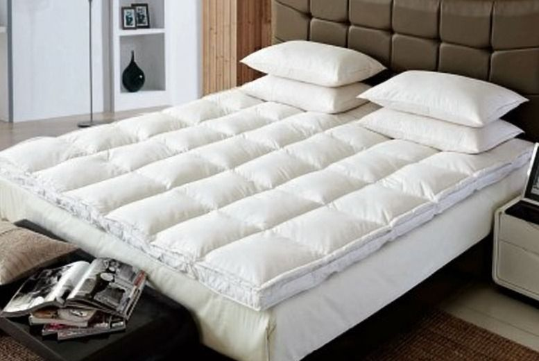 Luxury 'Winter-Warm' Goose Feather and Down Mattress Topper – 4 Sizes! from £22.99