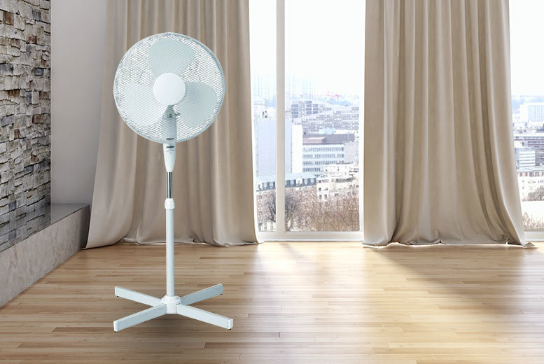 16″ Oscillating Stand Fan for £16.99