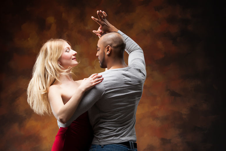 £9 for four dance classes for one, £14 for six classes for one, £18 for four classes for two, £26 for six classes for two at Dees Dancing, Glasgow - save up to 69%