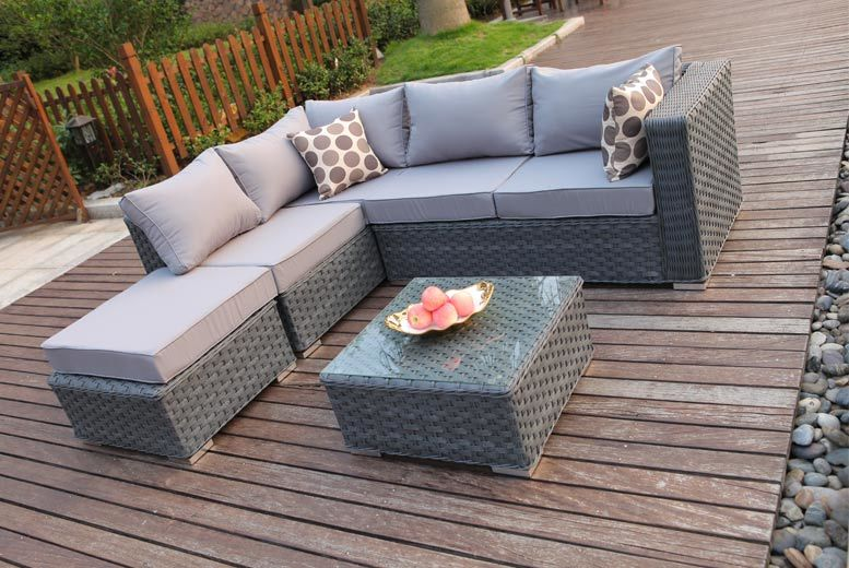 £349 instead of £675.00 (from Dreams Living) for a five-seater outdoor corner sofa and coffee table - save 48%