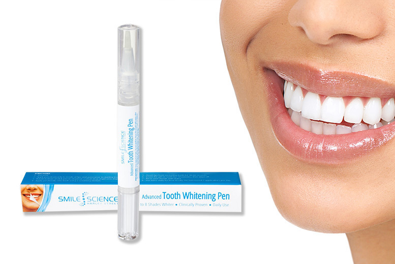 A Smile Science Advanced Tooth Whitening Pen for £5.99