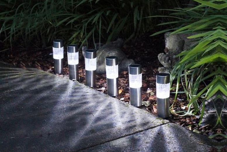 6 Solar Powered LED Lights for £8.99