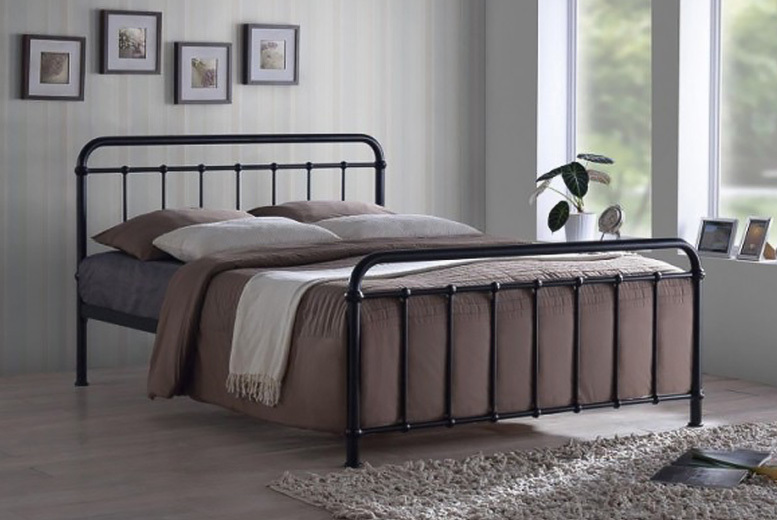 Henley Metal Bed - 3 Sizes & 2 Colours!