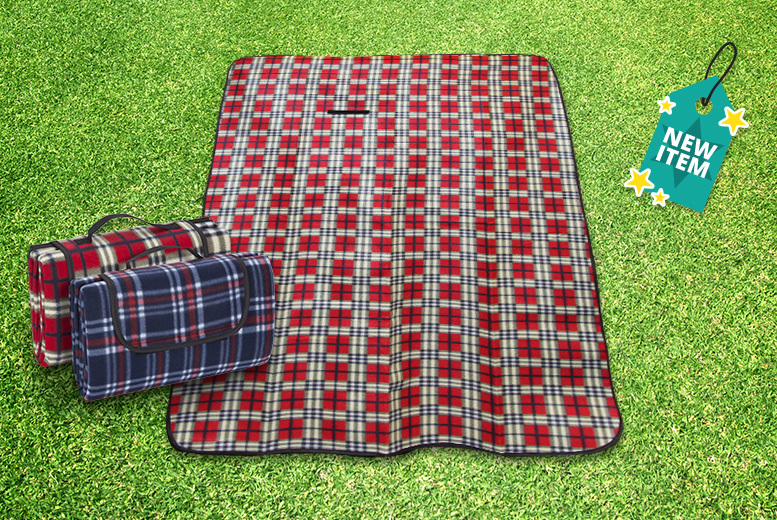 XL Waterproof Picnic Rug – 2 Colours! for £6.99