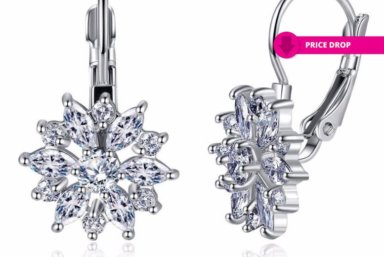 Flower Crystal Sapphire Earrings for £7.00