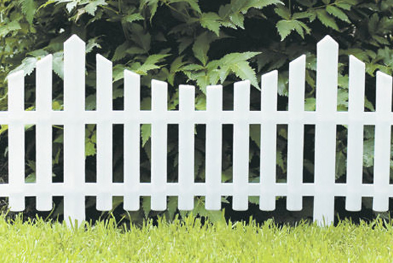 Traditional White Picket Fences - Pack of 4 or 8!
