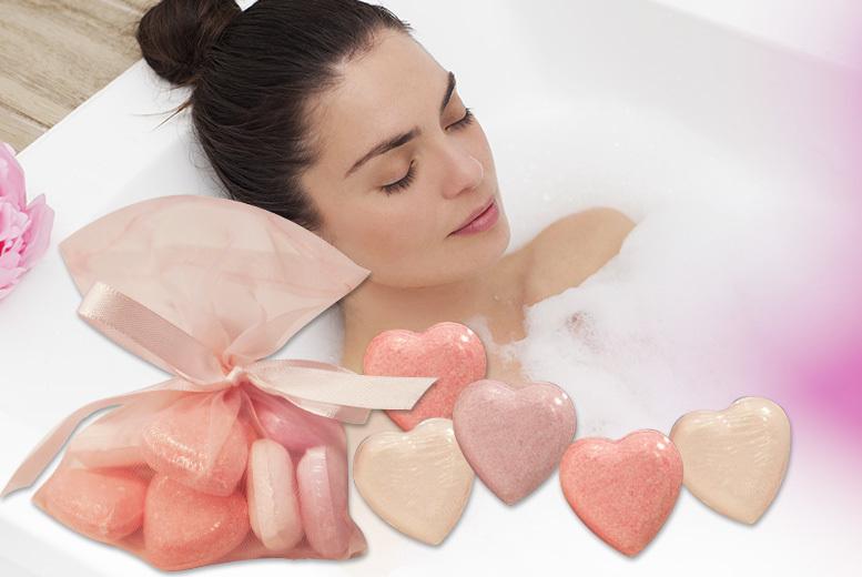 10 Heart Bath Bombs for £4.99