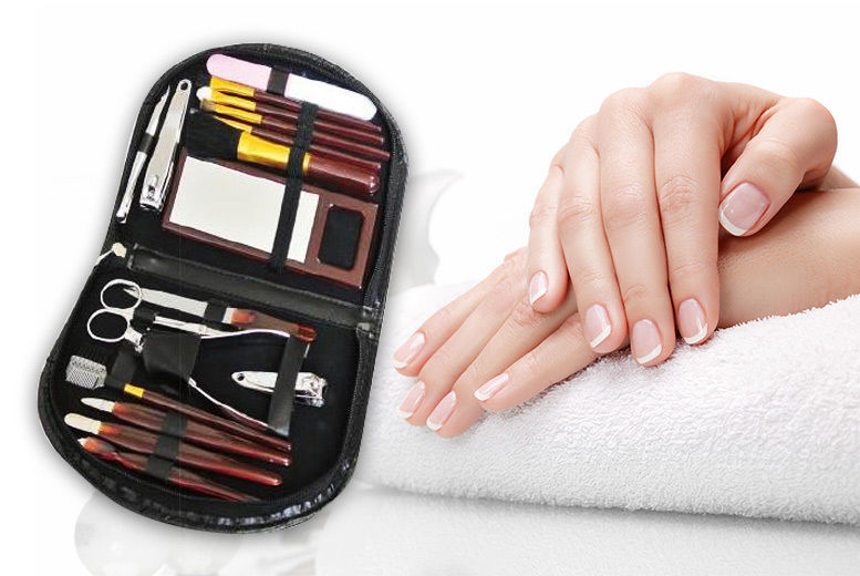 18pc Manicure & Makeup Brush Set for £4.99