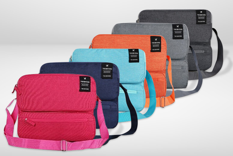 Multi-Compartment Travel Bag – 6 Colours! for £9.98