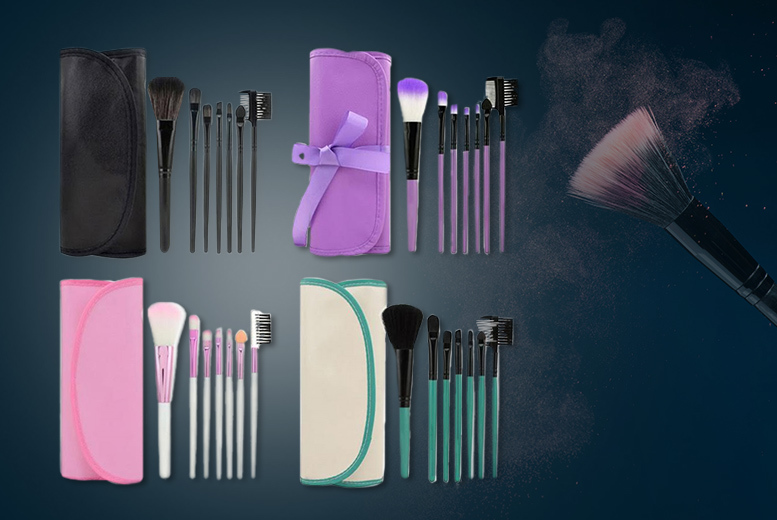 7pc Makeup Brush Set – 4 Colours! for £2.99