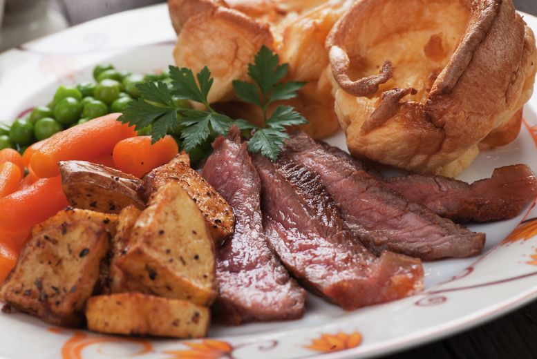 £13 instead of £20.30 for a Sunday lunch main course with a glass of wine for two at The Hotplate Noshery, Belfast - save 36%