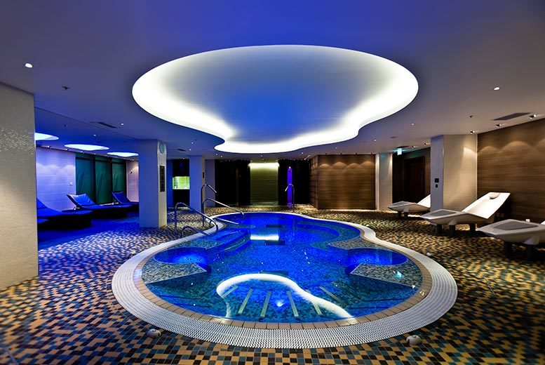 £35 for an eight-hour spa day for one person including a treatment and mud chamber, £69 for two people at Imagine Spa, London Hilton, Heathrow - save up to 61%