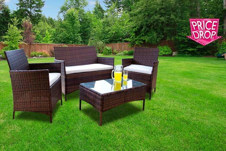 £99 instead of £569.01 (from Furniture Italia) for a four-piece brown rattan garden furniture set - save 83%